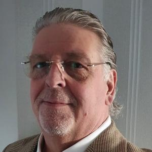 Photo of Mark Hearn