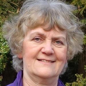 Photo of Linda Abbey