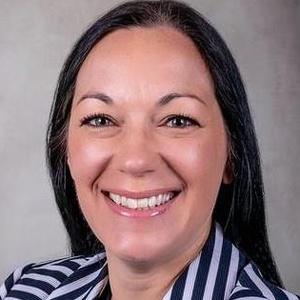 profile photo of Justine Lara Thomas
