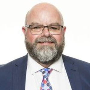 Photo of Warren Morgan