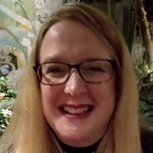 Photo of Lisa Ann Naylor