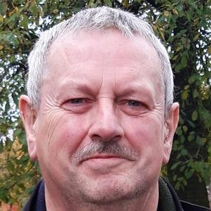 Photo of Iain Dickson