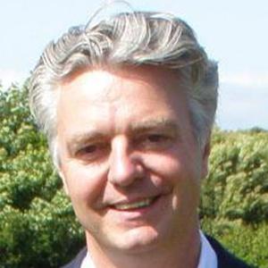 Photo of Simon Kirby