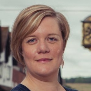 profile photo of Zöe Franklin