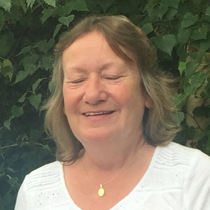profile photo of Sally Jane Pond