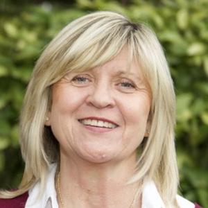 Photo of Alison Cooper