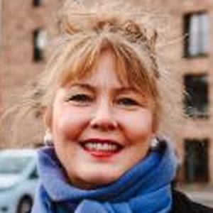 Photo of Lezley Marion Cameron