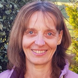Photo of Elaine Hey