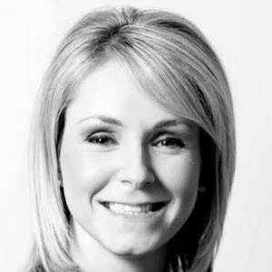 profile photo of Laura Devlin