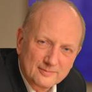 Photo of Seán Holden