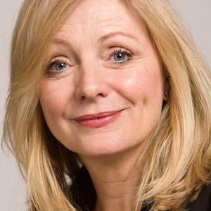 Photo of Tracy Brabin