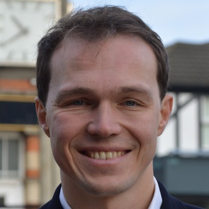 Photo of Tom Bennett