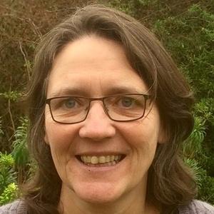 Photo of Rosie Pearson