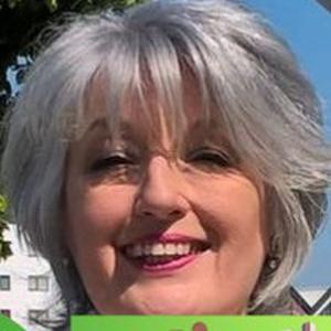profile photo of Pippa Bartolotti