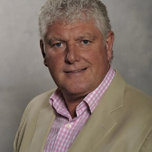 Photo of Byron Davies