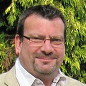 profile photo of Simon David Wales