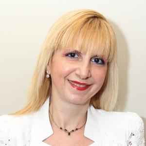 Photo of Lisa Rutter