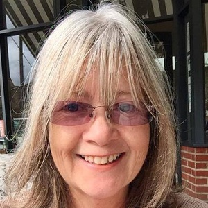 profile photo of Lorraine Cheryl Agg