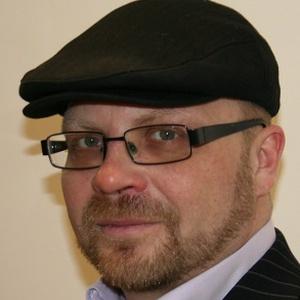 Photo of Ian Henderson