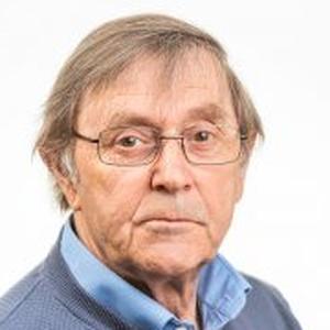 Photo of Gordon Binney