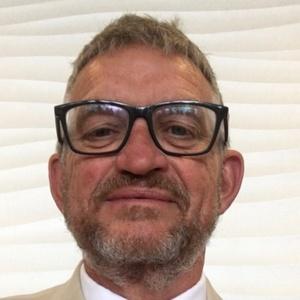 profile photo of Steven Hinchliffe