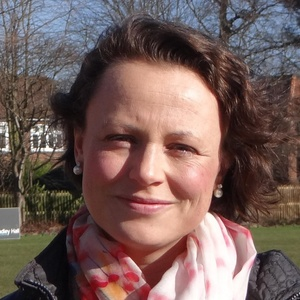 Photo of Catherine McKinnell
