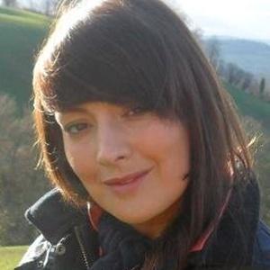 Photo of Sara Jones
