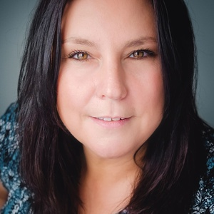 Photo of Karen Lucioni