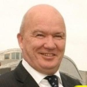 Photo of Gordon MacDonald