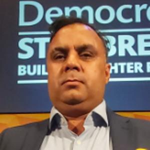 Photo of Naeem Shahzad