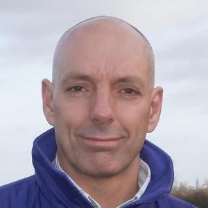 Photo of Gordon Davies