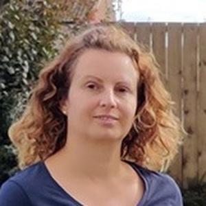 Photo of Lisa Newport