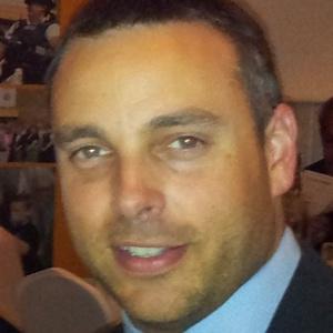 Photo of Simon Hall