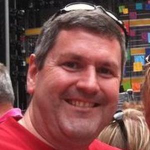 Photo of Simon Howell