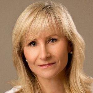 Photo of Deborah Rennie