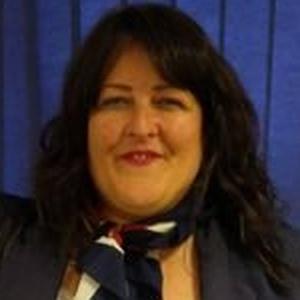 Photo of Lynne Short
