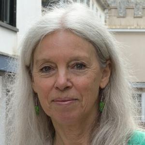 Photo of Jacqi Hodgson
