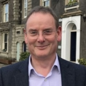 Photo of Simon Jones