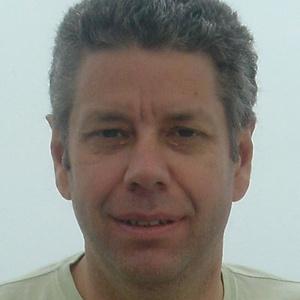 Photo of Simon Banks