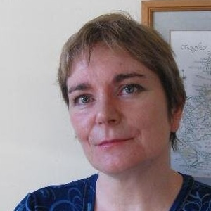 Photo of Donna Heddle