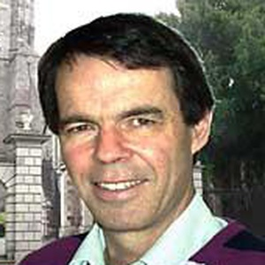 Photo of Mike Blundell
