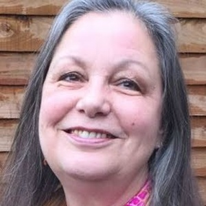 Photo of Fiona Hutton