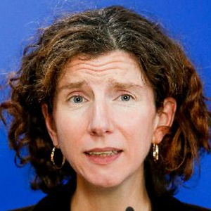 Photo of Anneliese Dodds