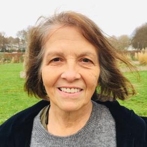 profile photo of Maureen Winder