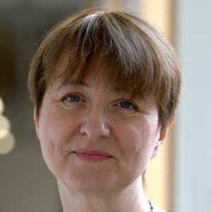 Photo of Louise Irvine