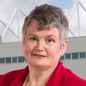 Photo of Carolyn Harris