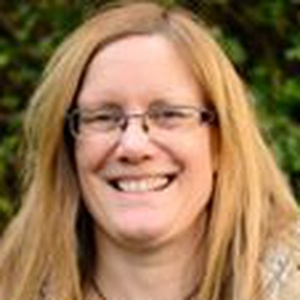 Photo of Helen Davison