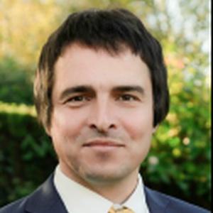 Photo of Julian Metcalfe