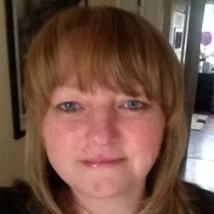 Photo of Deborah Cairns