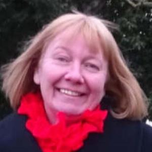 Photo of Sarah Mead
